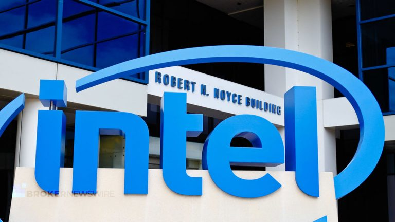 Intel Plans to Lay Off