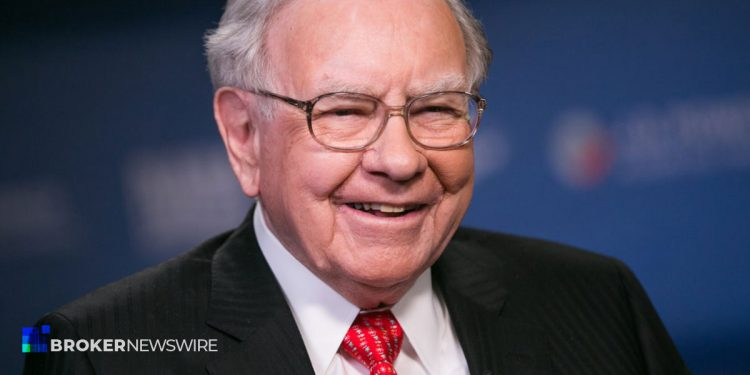 Warren Buffetts Berkshire Hathaway increases